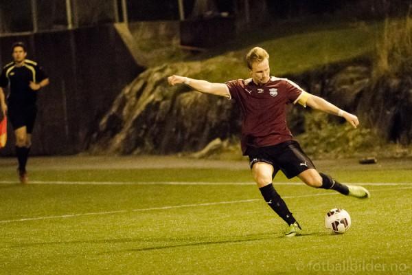 Sædalen - Eidsvåg 3-1: Kaptein Lars Hauso. Foto: Bernt-Erik Haaland / fotballbilder.no